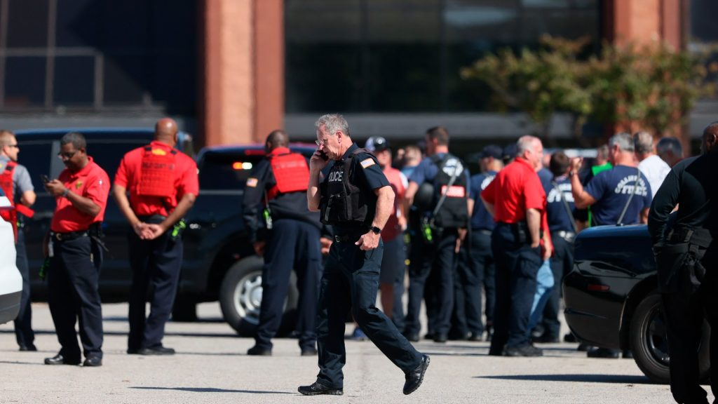 Police Surrounded The Kroger Store After The Shooting